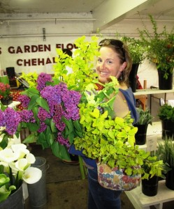 Local floral designers rely on the Northwest flower farmers for fresh, sustainable, beautiful flowers and foliage.